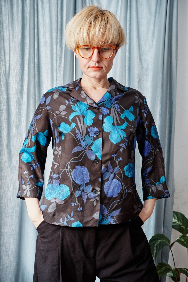 floral pattern Cocktail top silk blouse with flowers Silk black blouse 60s vintage blouse Silk top 60s retro top