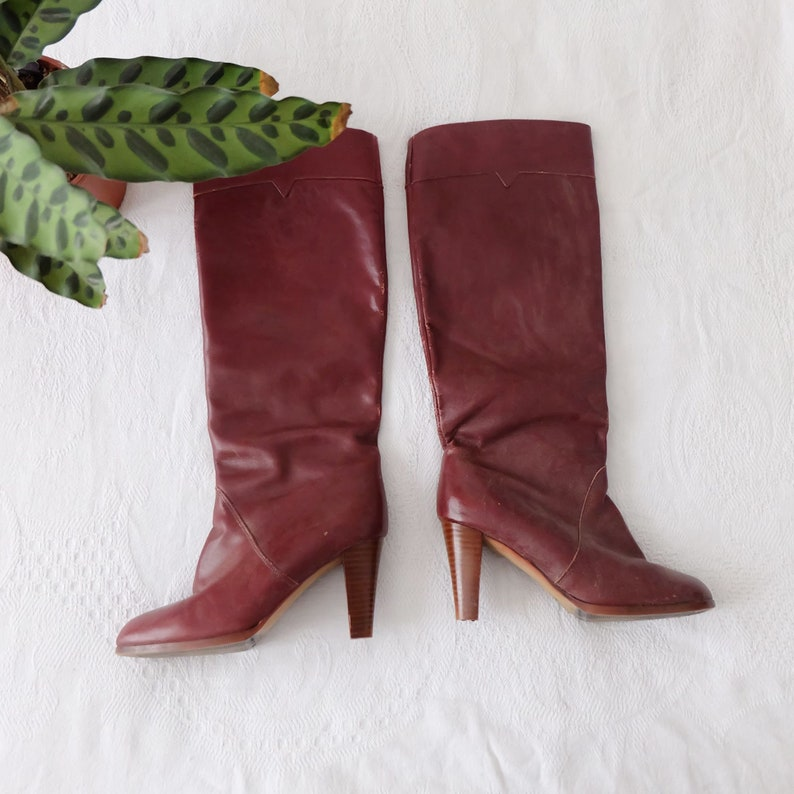 bright n colour 2019 clearance sale limited style Vintage 1970s Burgundy Red Knee High Heel Leather Boots - Size EU 37 UK 4 -  Festival Seventies Boho Cowboy Western Summer Bohemian