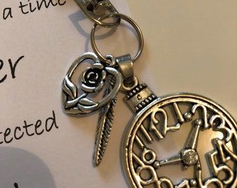 Clock, feather & heart keyring