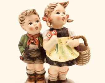 Large Hummel TMK6 49/0 Goebel Figurine Bottle in Basket Boy and Girl Market 5.5""