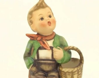Hummel Goebel Vintage Porcelain Figurine Village Boy with Basket TMK4 51 13cm 5""