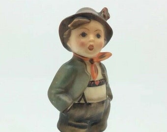 Goebel Hummel Porcelain Figurine Boy in Hat Red Scarf 95 Brother TMK2 Full Bee