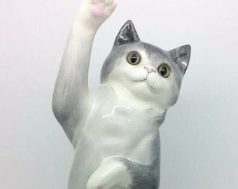 """English Stoke On Trent Cats and Co Grey White Large Pottery Cat Figure 11.5"""" 29cm"""