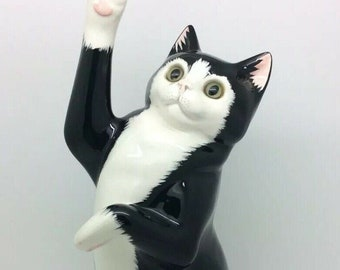 """English Stoke On Trent Cats and Co Black and White Large Pottery Cat Figure 11.5"""" 29cm"""