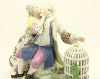 """Antique Continental Porcelain Figurine Courting Couple Lovers Home Deco Art 5.5"""""""
