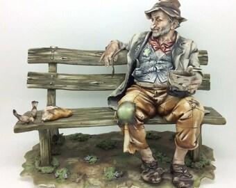 "Vintage Capodimonte Figurine Trump Man Bench Feeding Pigeons Bird Italian 8.5"""