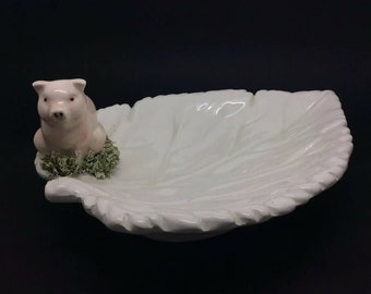 """Collectible Vintage Italian Pottery Plate Leaf Lucky Pig GBC Crown 8.5"""" 22cm"""
