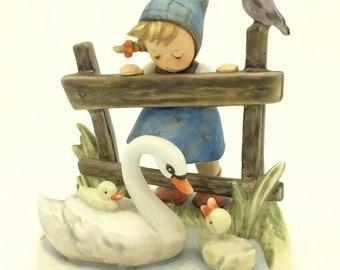 "GOEBEL HUMMEL Porcelain figurine ""feathered friends"" hum 344 tmk7 girl swans"