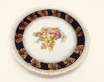 "Antique Continental Porcelain Wall Charger Plate Gold Rim Fruit Grapes 7.5"" 19c"