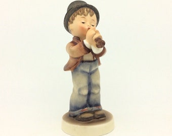 Vintage Hummel Goebel Porcelain Figurine Serenade Boy with Flute TMK3 FM3 85
