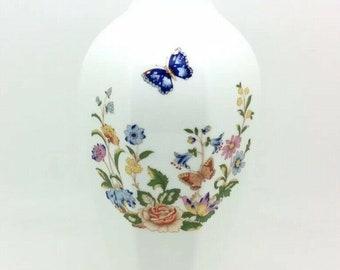 "Aynsley Cottage Garden Chatsworth Vase 9"" English Fine Bone China Butterfly"