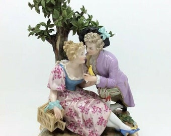 Antique Continental Austrian Royal Vienna Porcelain Figurine Courting Couple