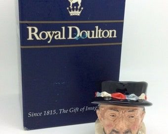 Royal Doulton Toby Character Jug Beefeater D6233 Vintage Porcelain Collectible