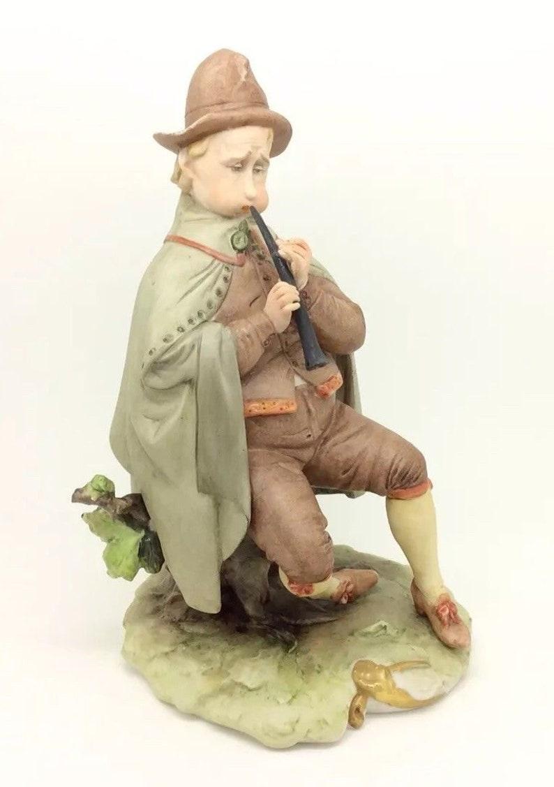 Italian Porcelain Musician playing Flute Figurine Vintage Capodimonte 8.5 22cm