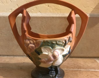 Roseville Pottery - 1943 Magnolia Brown Basket - 383-7