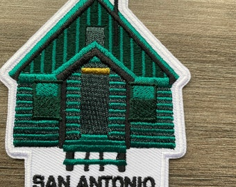 Mt San Antonio College Health Fitness Exercise Science Wellness Center Iron-On Vintage Embroidered Clothing Patch Trainer Walnut California