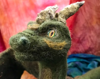 Shoulder Dragon -Green Needle felted Posable Art