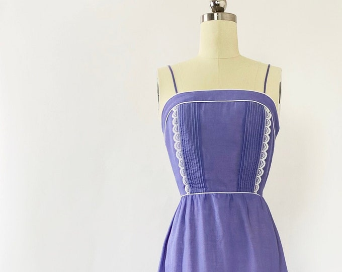 1970s Trivia By Charm of Hollywood Lace-Trim Maxi Dress - Lavender
