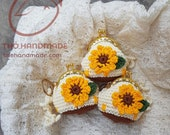 crochet Flower Coin Purse with metal frame, flower keychain wallet frame, gift bag, flower padlock, padlock bag, padlocks backpack, keyring