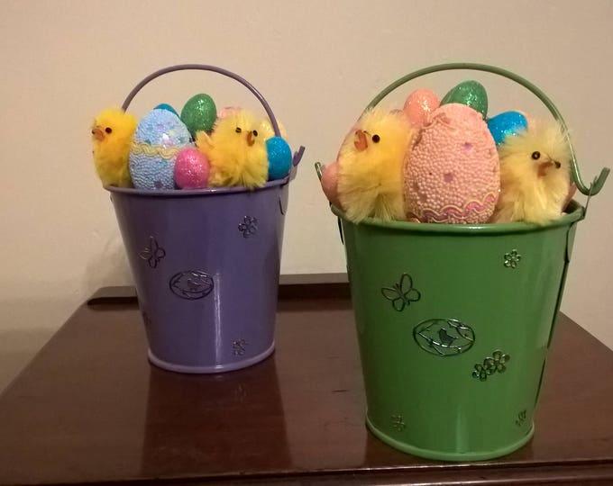 Easter chicks decoration