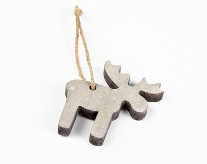 Wooden Moose hanger - pack of 2