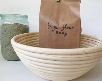 Sourdough starter ,banneton basket and flour set - Lanarkshire wild yeast organic starter - artisan bread -  starter for bread