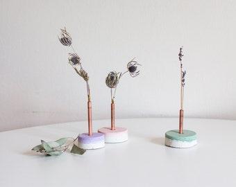 Gemwelove-Layered Flower Vase/Flower Holder/Home Decor/Flower Vase/Copper/Vase/Interior/Handmade/Unique Item/Table Decor/Concrete