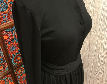 100% Wool Dress — Made in Great Britain Vintage size 8