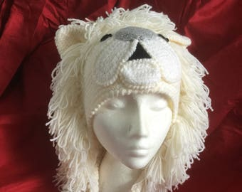 White lion hat