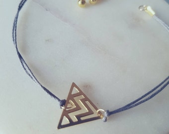 Gold Geometric Triangle bracelet