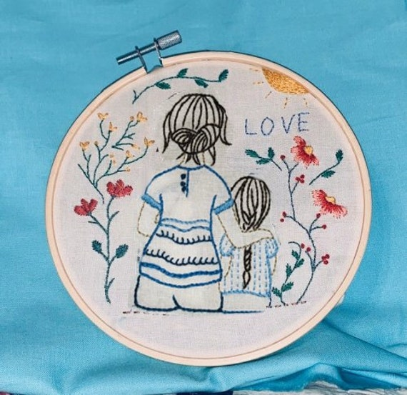 Floral Embroidery Kits Gift for Mom,Handmade Mother\u2019s Day Kits Embroidery Kit for Beginner
