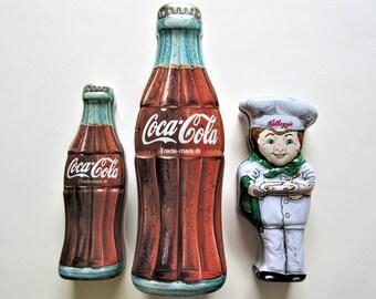 Advertising Tin Set of 3 Vintage 90s Coca Cola Bottles /& Kellogg/'s Cereal Figure