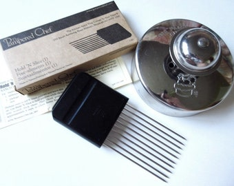 """2 Pampered Chef Kitchen Gadgets 4"""" Cut N Seal & Hold N Slice"""