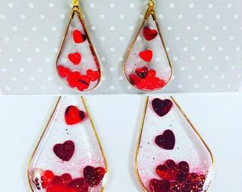 Floating heart earings