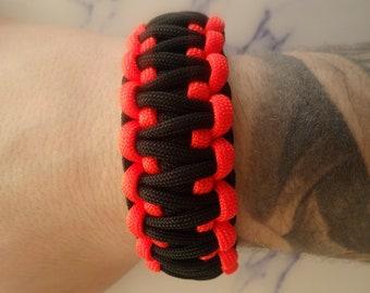Paracord 550 survival bracelet black and Orange