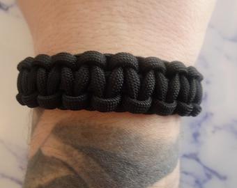Black 550 Paracord survival bracelet