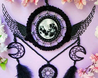 Dreamcatcher Fly to the Moon