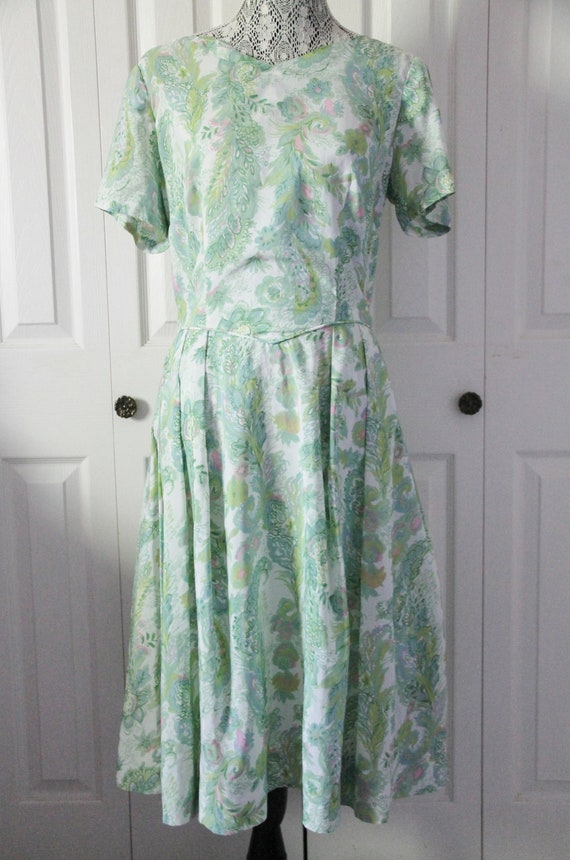 1960s Green and White Nylon Day Dress Large