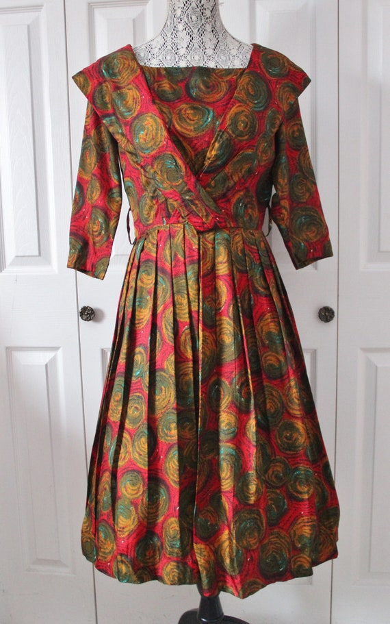 1950s Fashion Fair Red and Green Christmas Full Sk