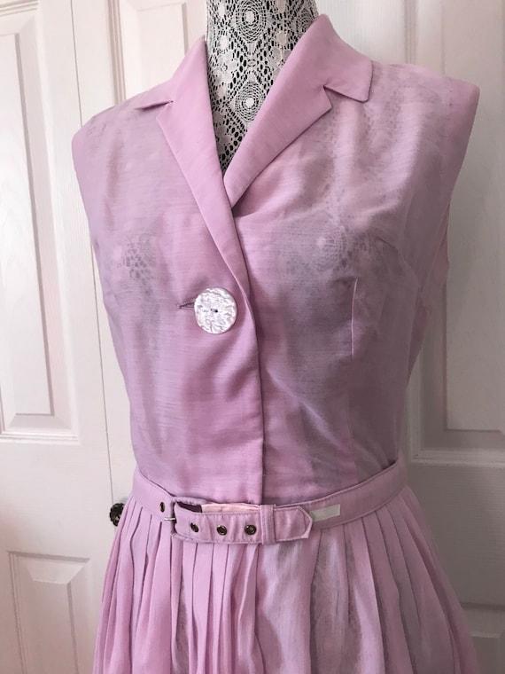 1950s Embroidered Lavender Day Dress Medium