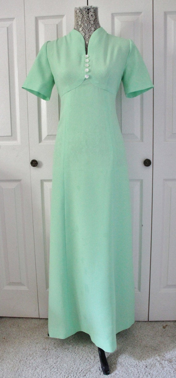 1970s Pale Green Maxi Dress Medium