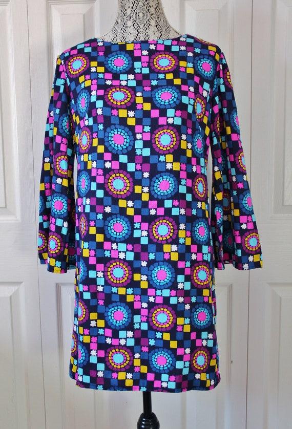 1960s Mod Psychedelic Barkcloth Dress Medium