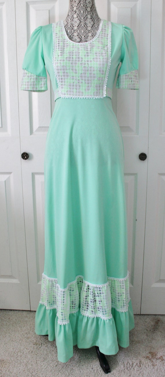 1960s Prairie Style Light Green and White Maxi Dre