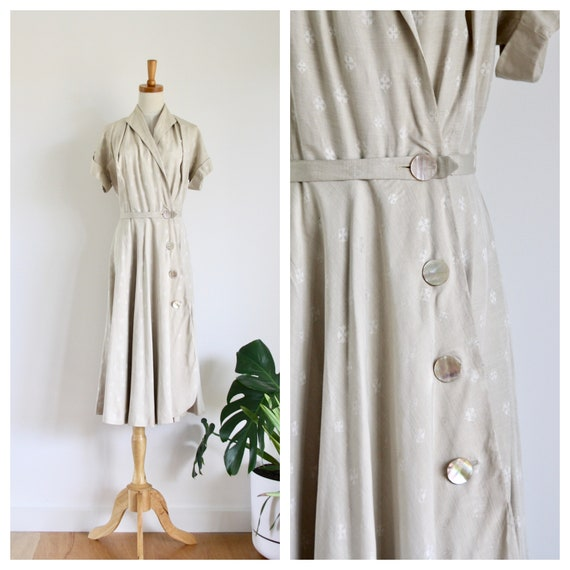 1940s beige silk wrap dress. 40s camel button up d