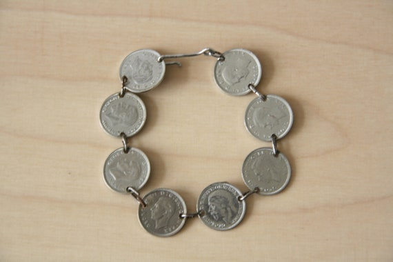 Vintage Trench Art British Coin bracelet. 40s coin