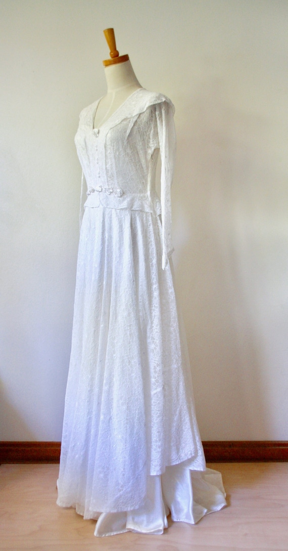 30s lace wedding dress. 30s silk and lace gown. 30
