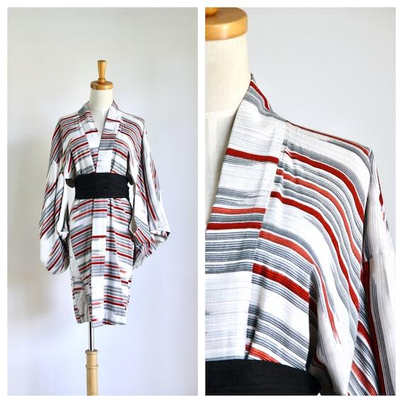 Grey red striped kimono. Grey abstract kimono. Str