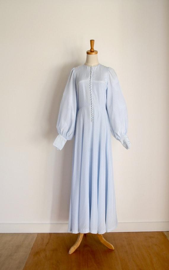 60s Pale blue balloon sleeve dress. Blue polka dot