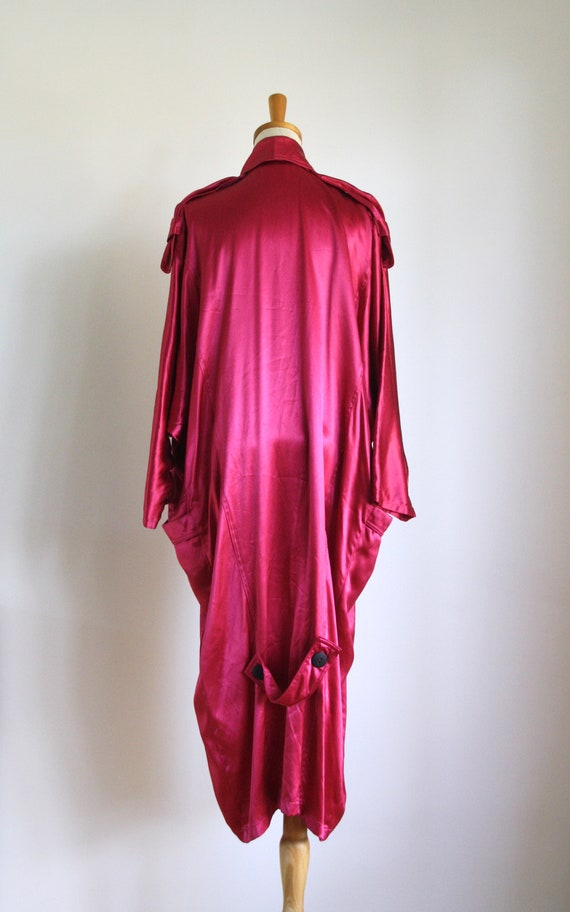 Vintage magenta satin coat. 1980s pink trench coa… - image 4