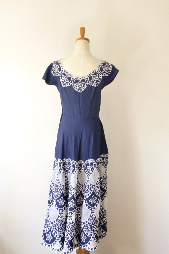 1940s blue embroidered soutache cutout dress. Blu… - image 4